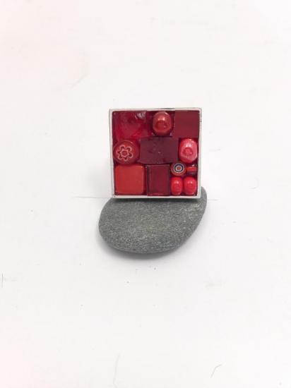 Bague rouge en émaux de verre