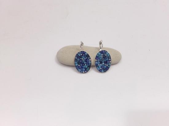 Boucle d'oreille bleue en millefiori et perles de verre