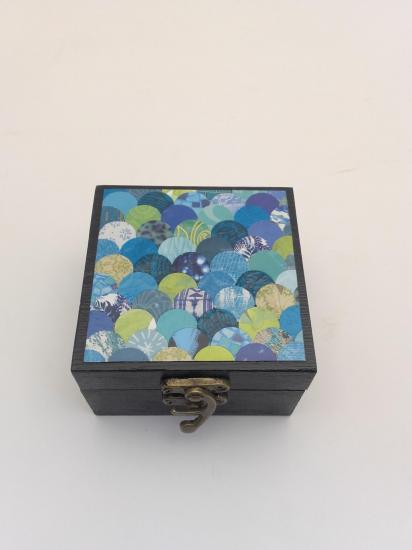 Boite à bijou (9x9cm) vendue