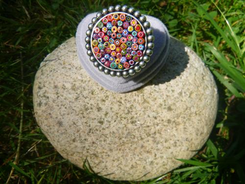 Bague ronde grand format en millefiori